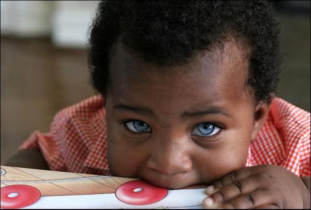 ילד אפריקאי מהמם