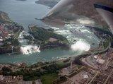 צילום של ערים בעולם מחלון המטוס-מדהים!