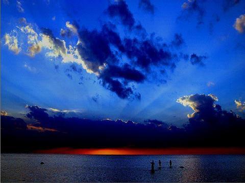 עננים  בשמים