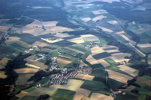 גרמניה ואוסטריה -  מבט אל צידי הדרכים