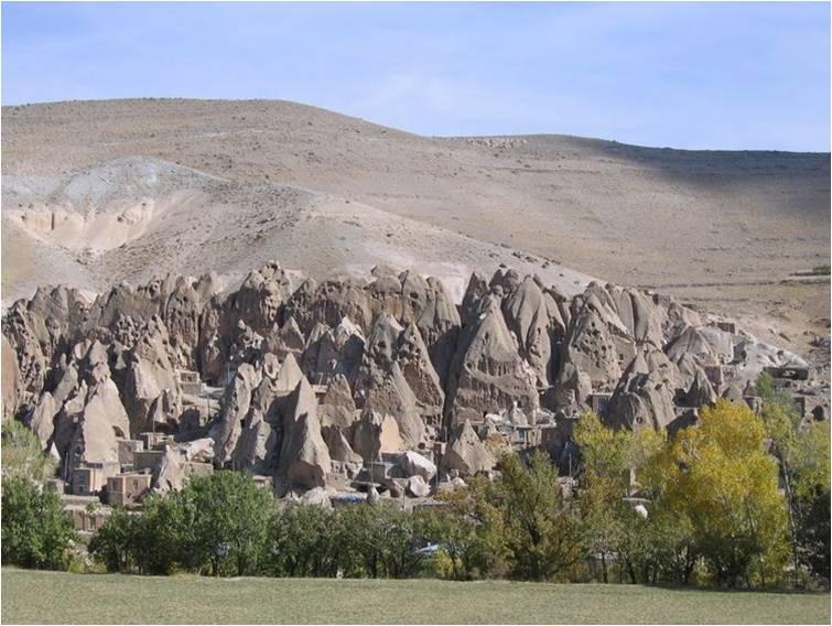 בתים בהרים-על גבול איראן