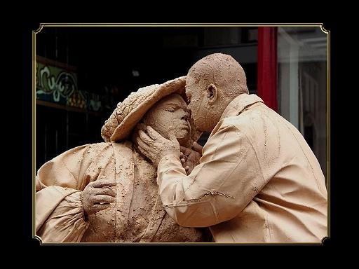 פסטיבל אנשים מפוסלים פסלים אנושיים