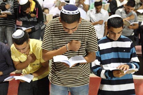 כולנו יהודים 3 - חודש אלול, סליחות