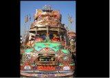 משאיות מקושטות בפקיסטן