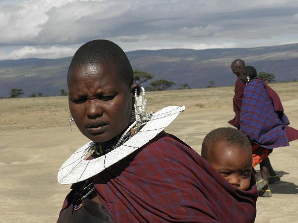 בין המסאים, טנזניה