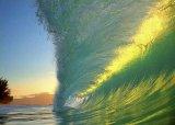 תמונות גלים של הצלם קלארק ליטל