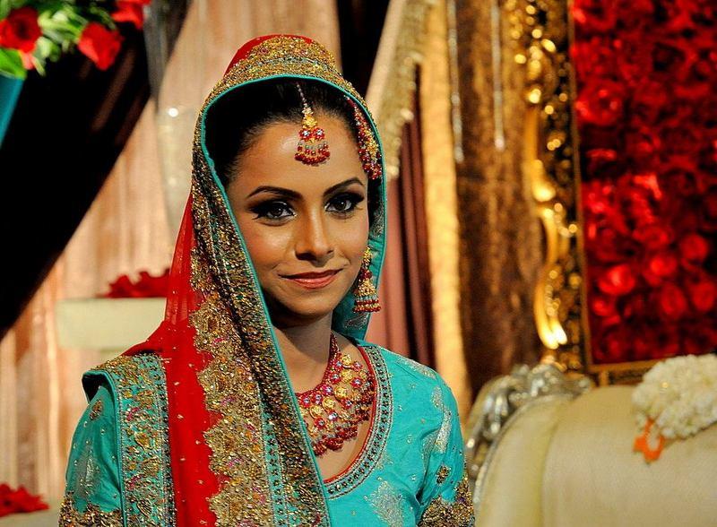 חתונה הודית - חגיגת צבעים