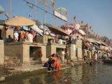 נהר הגנגס הקדוש (לא לבעלי לב חלש)