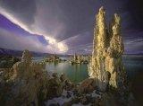 מונו - האגם האגדי בקליפורניה