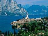 העיירה  Limone sul Garda באיטליה