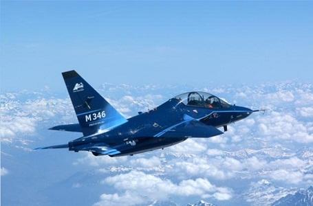 חיל האוויר מחליף את מטוס ההדרכה המתקדם שלו  - נא להכיר : מאסטר 346