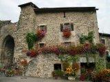 כפר צרפתי מהאגדות