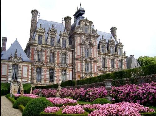 מבצרים וארמונות בעמק הלואר בצרפת