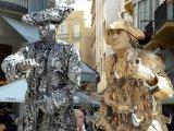 פסלים אנושיים ברחוב