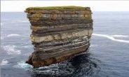 סטאקים - תופעת טבע מפוארת בחוף הים